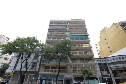 Av La Plata 100
