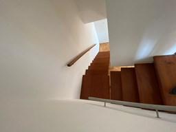 Esc hacia 1er piso