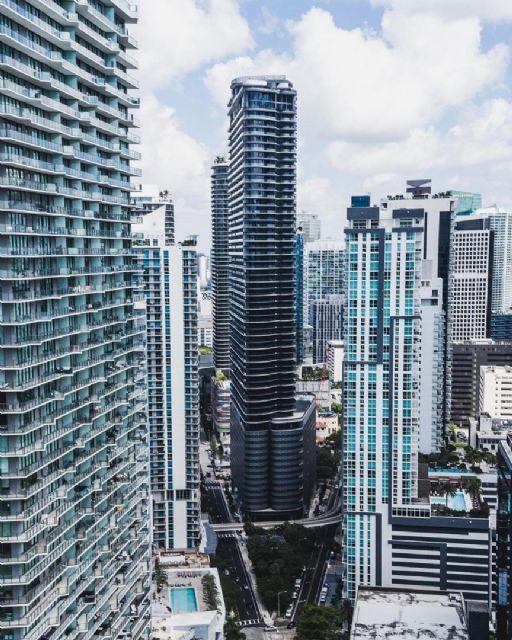South Miami Ave 1000