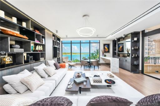 FISHER ISLAND DR 7000