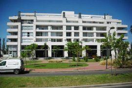 North Coral Plaza 300